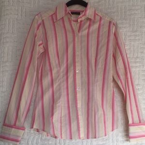 New York & Company Button Down Shirt XS